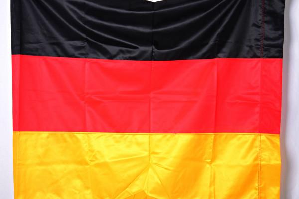 Deutschlandfahne genäht ca. 250 x 120 cm